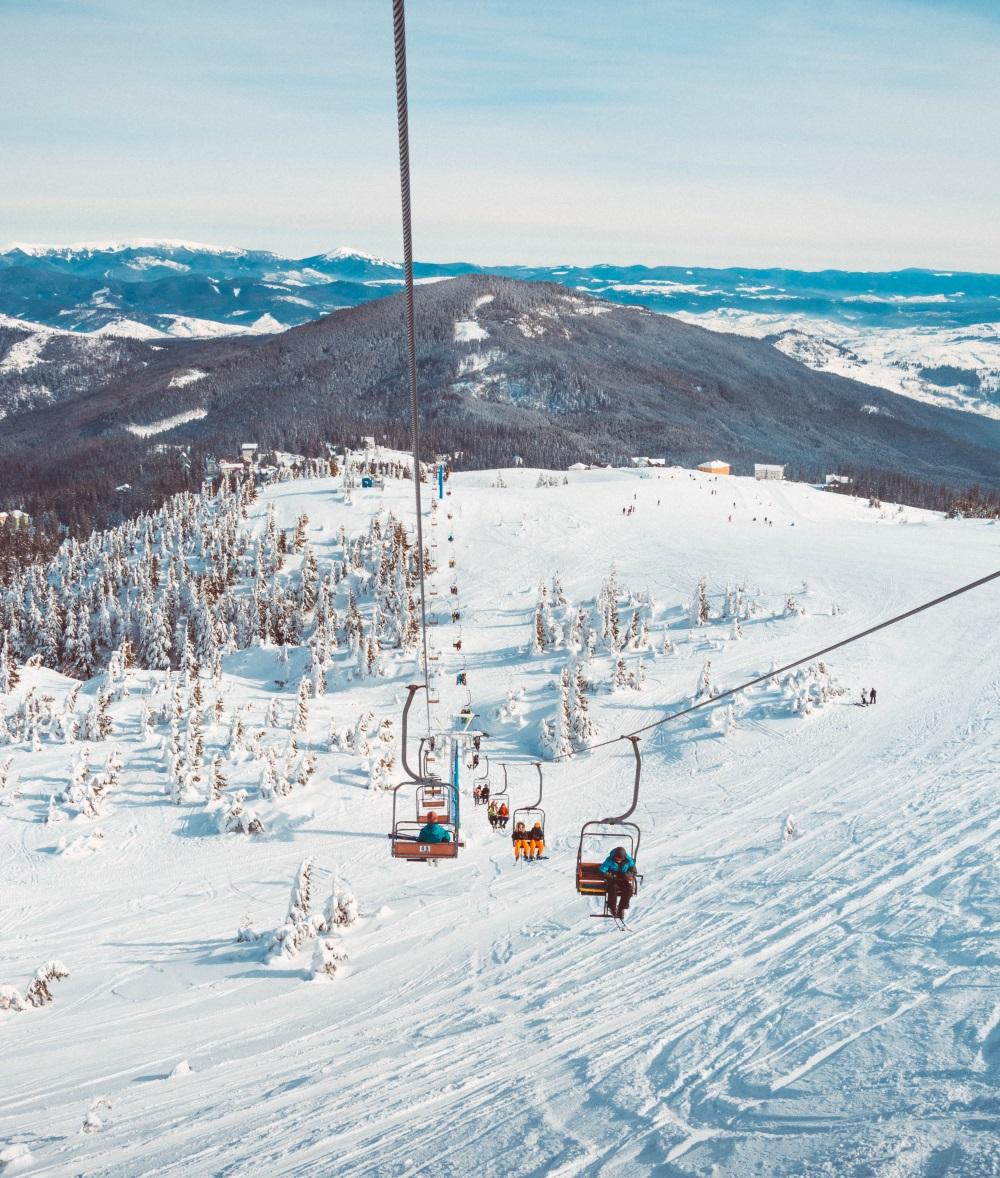 télésiège en station de ski
