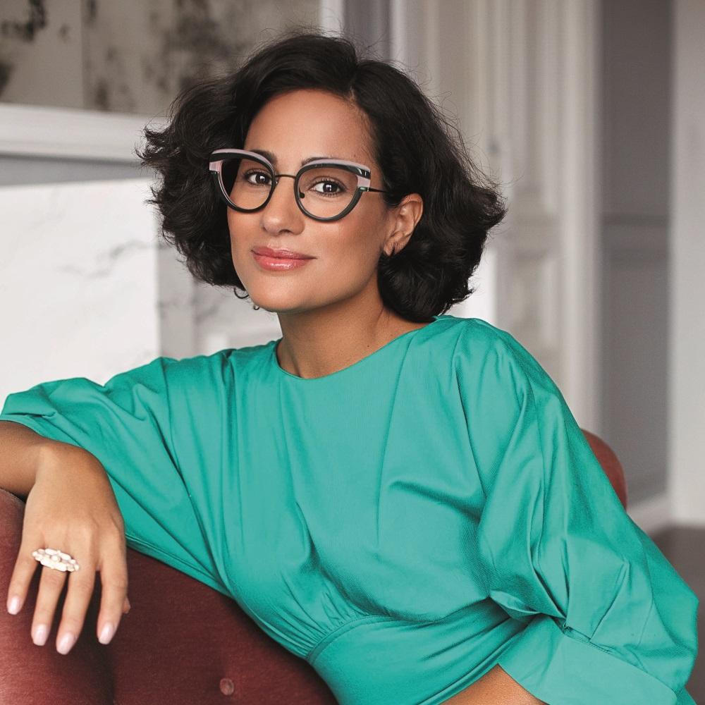 Portrait de la créatrice de lunettes Caroline Abram